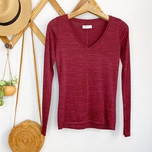 Abercrombie A&F long sleeve maroon v neck M